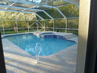 Perfect House with Television and Washing Machine - Loxahatchee vacation rentals
