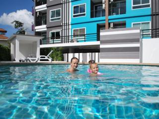 Nice Condo with Mountain Views and Fitness Room - Patong vacation rentals