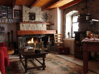 Romantic 1 bedroom Apartment in Saint Nicolas - Saint Nicolas vacation rentals