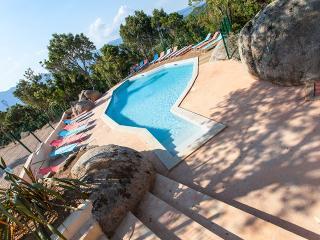 Villas modernes au calme 5km plage Santa Giulia - Sotta vacation rentals