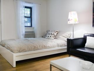 Furnished Studio Condo at 3rd Ave & E 82nd St New York - New York City vacation rentals