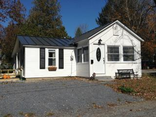 The Little House Vermont - Brandon vacation rentals