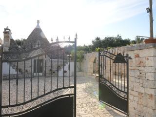 Trullo Ciambedda with pool - Ostuni vacation rentals