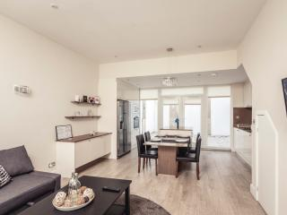 City Stay Aparts - Modern Town House Camden Town - London vacation rentals