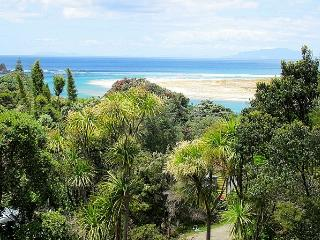 Quarterbarrel Bush Retreat - Mangawhai vacation rentals