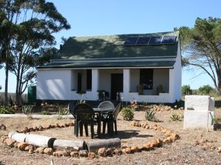 2 bedroom Cottage with Private Fishing in Riversdale - Riversdale vacation rentals