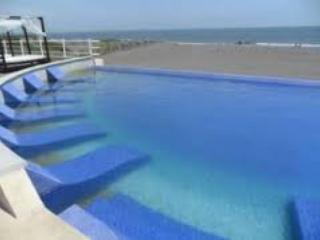 Beautiful Beach House with pool! - Veracruz vacation rentals