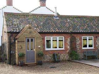 Cosy Cottage - A Cosy Little Hideaway North Elmham - North Elmham vacation rentals