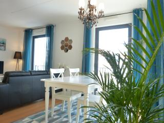 Lisbon Mourisca Apartment - Lisbon vacation rentals