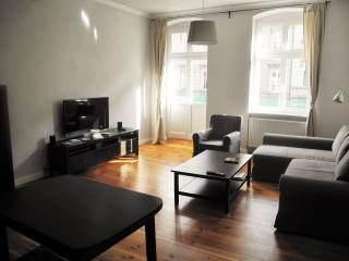 The Pomologist II, 3 rooms, 2 bathrooms, balcony - Wroclaw vacation rentals