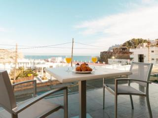 Lovely Condo with Internet Access and A/C - Cala San Vincente vacation rentals