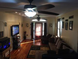 Quiet Big Home In New Orleans, City Park/Fairgroun - New Orleans vacation rentals