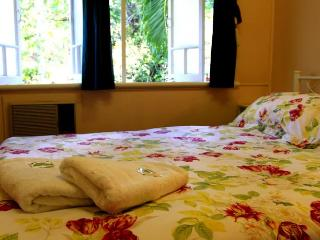 Coral Lodge Bed And Breakfast inn 4 - Townsville vacation rentals