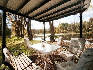 Frenchman`s Pond-Enjoy fishing in 1 of 2 private ponds! - Fort Valley vacation rentals