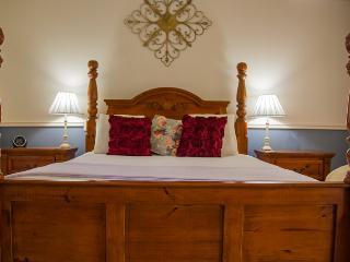 Superior Queen Room RQ - Busselton vacation rentals