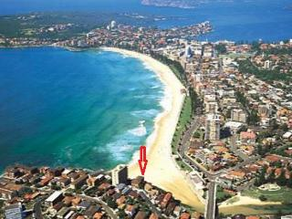 Perfect Condo with Television and Balcony - Queenscliff vacation rentals