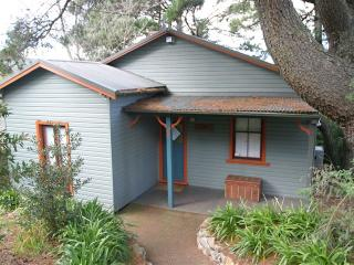 Perfect 2 bedroom House in Katoomba - Katoomba vacation rentals
