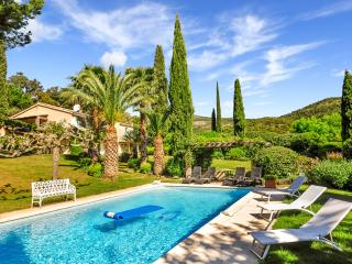 5 bedroom House with Private Outdoor Pool in Grimaud - Grimaud vacation rentals