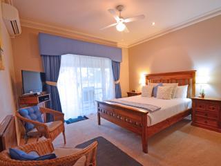 Standard Queen Room GQ - Busselton vacation rentals