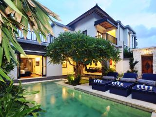 Brand New Faboulus 3 bedroom Villa in Petitenget - Seminyak vacation rentals