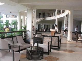 Relaxing, Affordable Condo for Rent - Mandaluyong vacation rentals