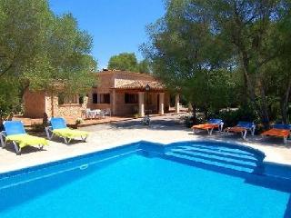 Apt. with terrace,garden Llore - Lloret de Vistalegre vacation rentals