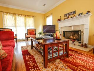 Lovely Home Away From Home... Walk To The Park! - Atlanta vacation rentals