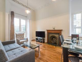 SOUTH KENSINGTON APARTMENT 1 - London vacation rentals