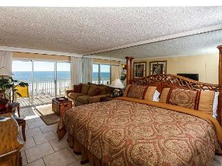 Condo #304: Beautiful efficiency- balcony, pool, WiFi - Fort Walton Beach vacation rentals