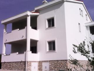 Mimi-I con vista mare e Zrce  un apartamento belis - Caska vacation rentals