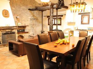 Il Mulino - Magnifique maison de caractère - Montalto Ligure vacation rentals