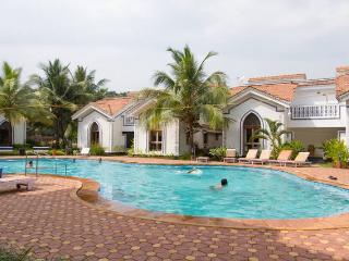 Lavish 1BHK Apartment Arpora Goa - Arpora vacation rentals