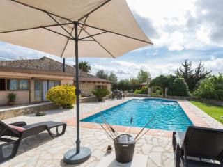 CAN SENALLA - 1178 - Lloseta vacation rentals
