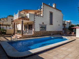 Luxury Juan de Luz Villa 3 bed - Villamartin vacation rentals