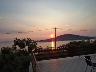 Sea front apartment Tramonto, sleeps 8 - Kali vacation rentals
