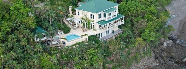 Edge of Paradise - Ideal for Couples and Families, Beautiful Pool and Beach - Image 1 - Magens Bay - rentals