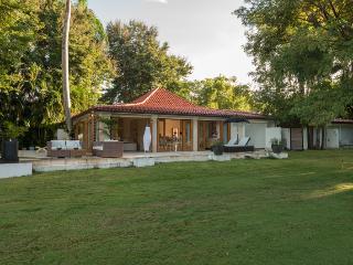 Golf Villa 145, Casa de Campo - Ideal for Couples and Families, Beautiful Pool and Beach - Altos Dechavon vacation rentals