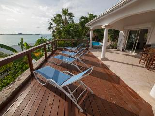 Great for Families & Large Groups, Short Drive to the Beach, Private Pool, Beautiful Views - Marigot vacation rentals
