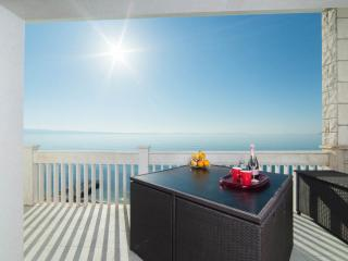 PRIVATE BEACH APARTMENT - Podstrana vacation rentals