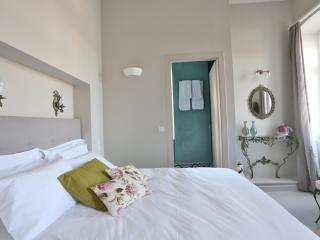 Beautiful 1 bedroom Private room in Hermoupolis - Hermoupolis vacation rentals