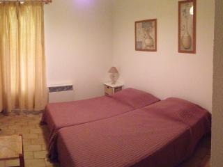 Santa Giulia Location / Villa à 200m de la plage - Santa Giulia vacation rentals