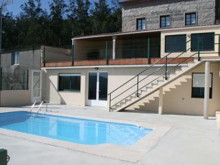 House with pool for groups - Santiago de Compostela vacation rentals