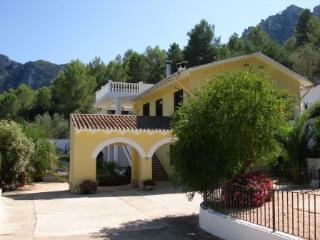 Pool Apartment - upper floor Villa Casa Amarilla - La Drova vacation rentals