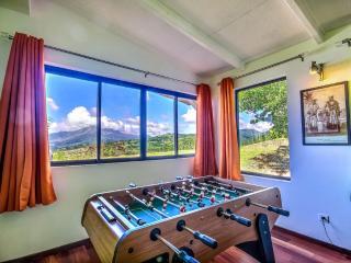 Villa Mahogany location de luxe vue piscine privée - Le Carbet vacation rentals