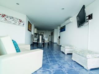 APARTAMENTO AMOBLADO G1 - Cartagena vacation rentals