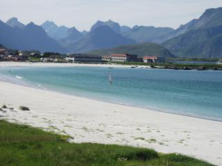 Ferienhaus auf den Lofoten direkt am Fjord - Ramberg vacation rentals