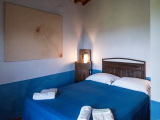 Stylish,comfy and bright rooms - Radicondoli vacation rentals