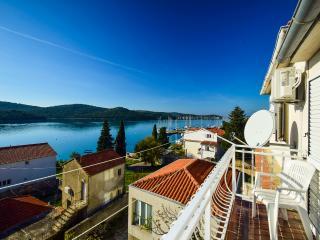 TH01201 Apartments Olivari / A1 Two bedroom - Tisno vacation rentals