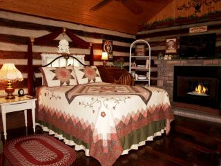 Cabins in Nashville Jacuzzi, WiFi, Great Location! - Nashville vacation rentals