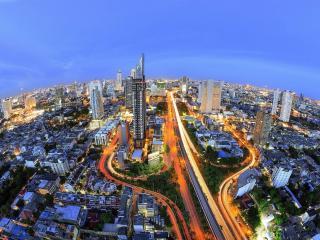 Next to BTS @ VillaSathorn, 56SQM, WiFi2 - Bangkok vacation rentals